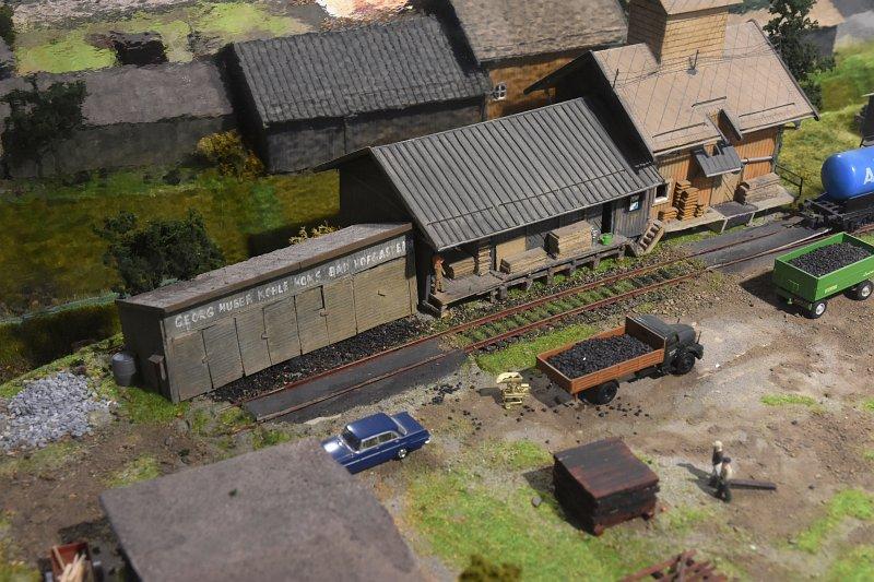 http://www.persmodelrailroad.com/ext/tauernbahnmuseum/n_5440_800.jpg
